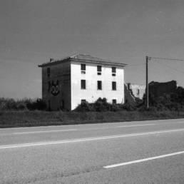 Rural Decay: Villa Decadimento